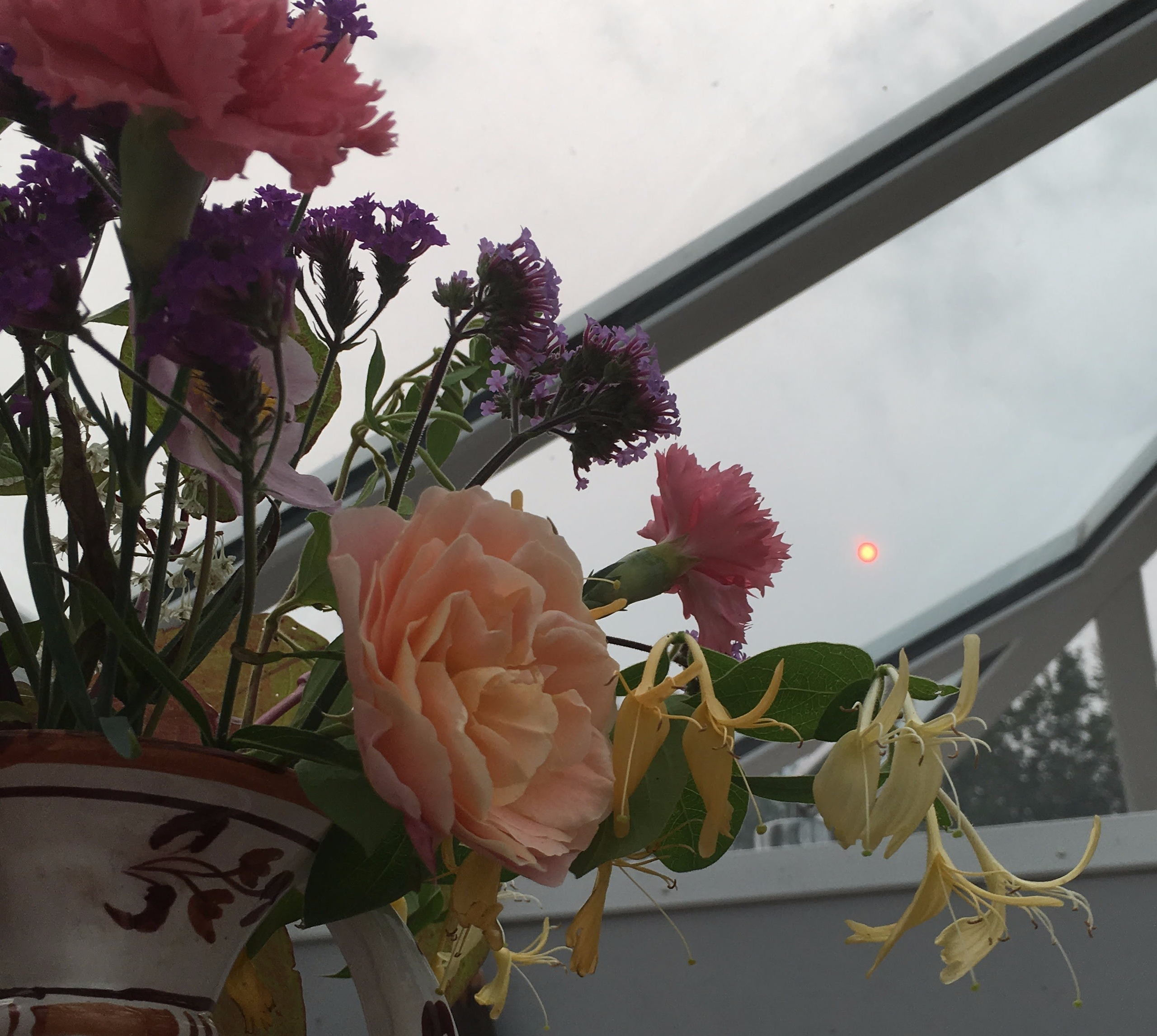 Bouquet 113, Pink Sunshine & the storm