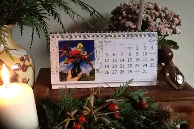Timelapse calendar tablescape